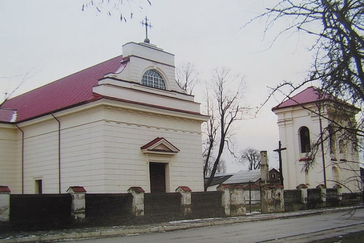 Установлены подозреваемые в осквернении старинного костела в белорусском поселке Россь