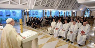 Папа: грех сопротивления Святому Духу заставляет стоять на месте