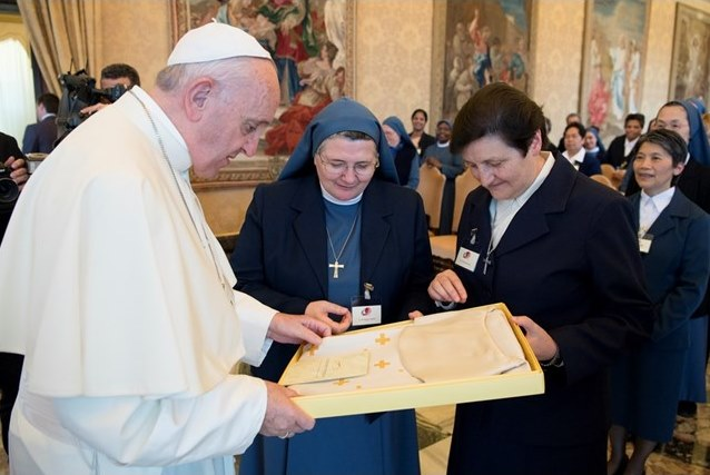 Папа: «Наступил момент синергии всех монашествующих»