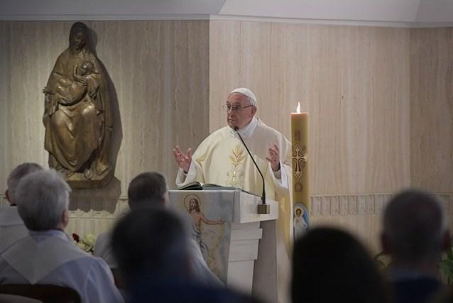 Папа: перейти от теплохладности к радостному благовестию