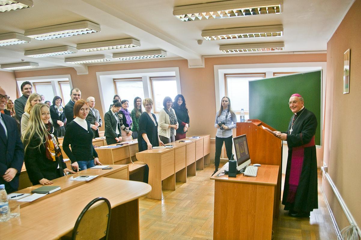 Митрополит Кондрусевич: По неизвестной причине Белоруссия боится иностранных священников