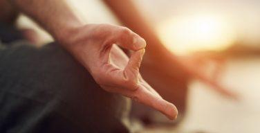 Англиканская Церковь в Уэльсе запретила «нехристианскую» йогу