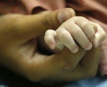 Рождение детей с дефектами – ошибка Бога?