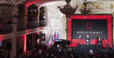 Вице-президент США Майк Пенс выступил в защиту преследуемых христиан