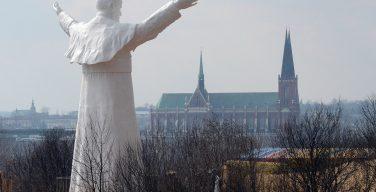 Польша по-прежнему занимает первое место в Восточной Европе по уровню религиозности населения