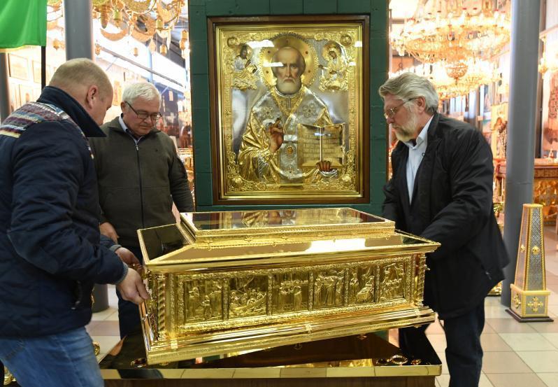 В канун принесения в Москву из Италии мощей Св. Николая Патриарх Кирилл напоминает о важности единства христиан