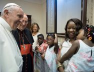 Папа одобрил кампанию по новому миграционному закону