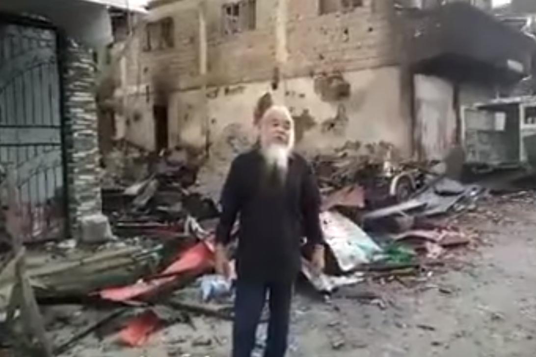 Филиппины: священник, захваченный исламистами, записал видеообращение к президенту Дутерте