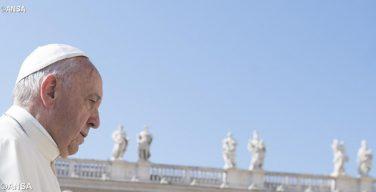 Папа Франциск скорбит по жертвам теракта в Афганистане