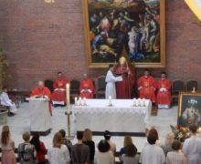 Торжество Пятидесятницы в Кафедральном соборе Новосибирска