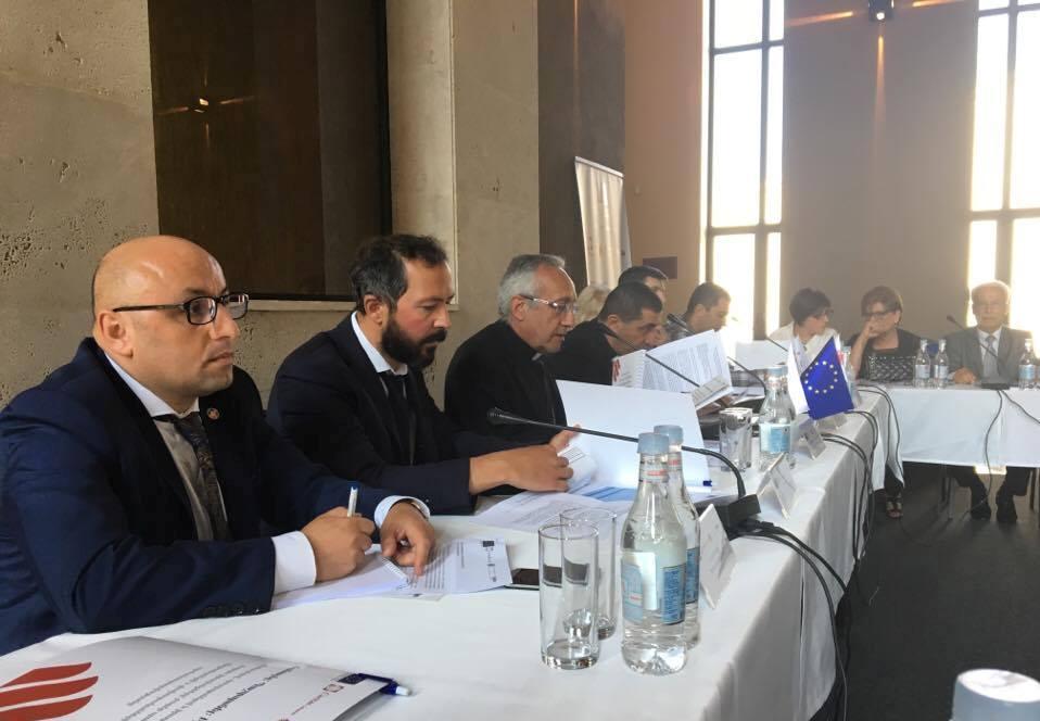 «Каритас Армения» организует для сирийских беженцев уроки русского