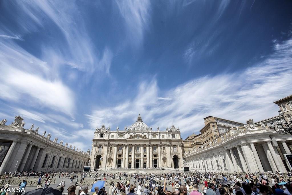 Angelus 2 июля. Папа: нет двуличию и лицемерию