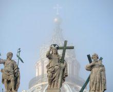 Кардинал Сара: решение проблем мира только в Боге