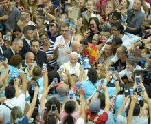 Папа: нести свет Христов в мир. В Ватикане возобновлены общие аудиенции (ФОТО)