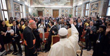 Папа — парламентариям-католикам: строить мосты диалога
