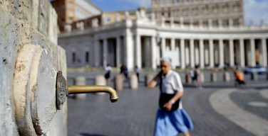 Засуха в Риме: Ватикан закрыл все фонтаны (ФОТО)