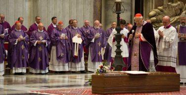 Соболезнования Папы в связи со смертью кардинала Де Паолиса