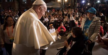 Папа: нужно уважать уязвимость человеческой природы