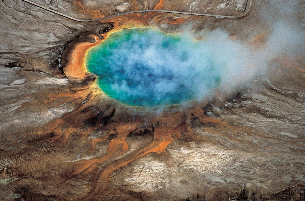 NASA объявило извержение супервулкана Йеллоустоун угрозой, способной уничтожить человечество