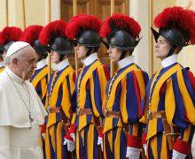 Папа: солидарность уходит корнями в евангельский призыв любить ближнего