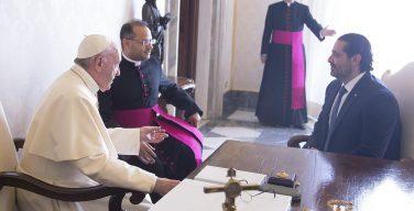 СМИ: Ватикан отказал в аккредитации послу-масону