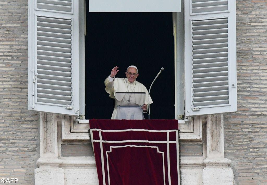 Слово Папы Франциска перед чтением молитвы «Ангел Господень» в 29-е Рядовое воскресенье. 22 октября, площадь Св. Петра