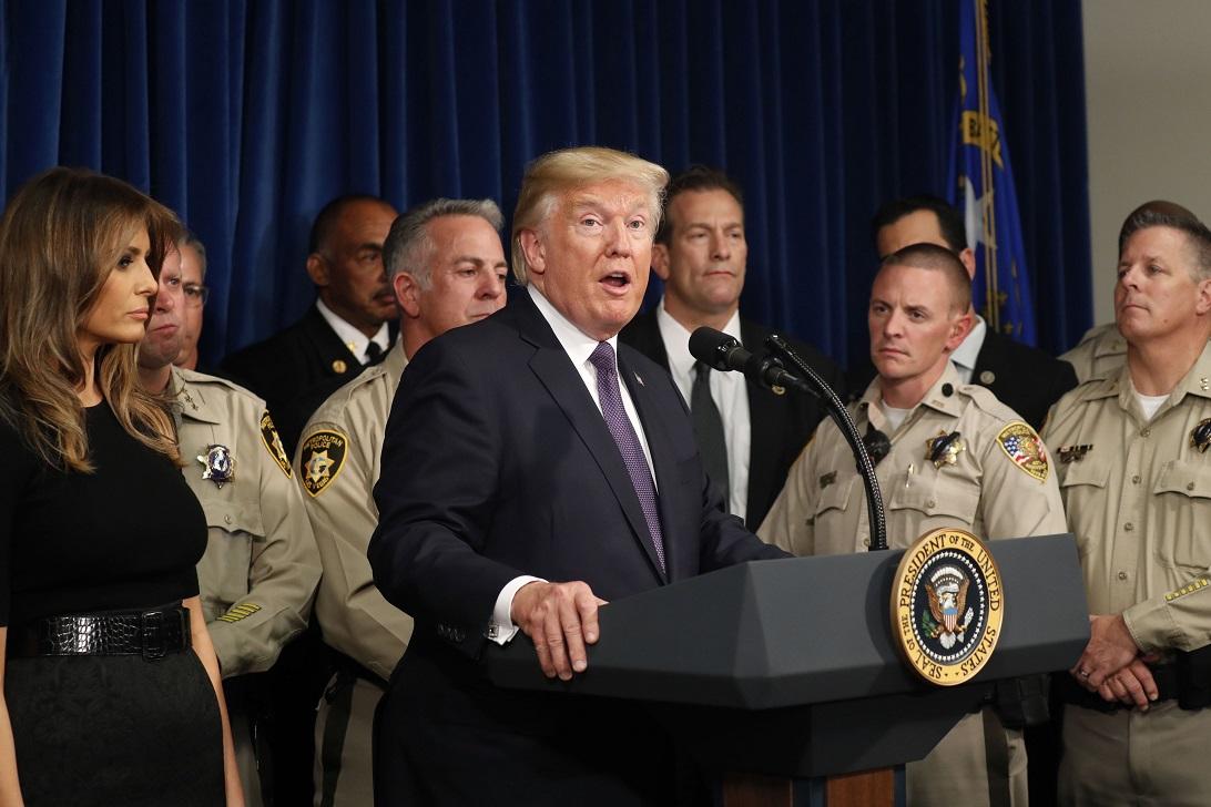 СМИ: Трамп на встрече с военными заявил о «затишье перед бурей»