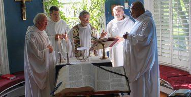 BBC запускает мини-сериал о повседневной жизни монахов-бенедиктинцев