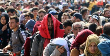За последние 15 лет в США въехало больше христиан, чем мусульман