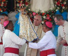 Папа Франциск вверил народ Шри-Ланки небесному покровительству Пресвятой Девы Марии, почитаемой в святилище Мадху