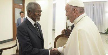 Папа Франциск встретился с Кофи Аннаном и «The Elders»