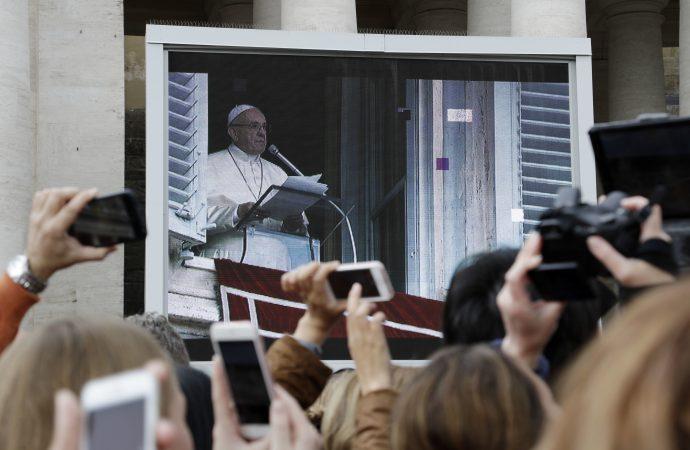 Папа: счастлив тот, кто пребывает с Иисусом