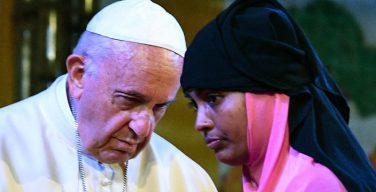 Папа Франциск попросил прощения у народа рохинджа «за равнодушие мира»