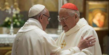 Папа Франциск поздравил кардинала Содано с 90-летием (ФОТО)