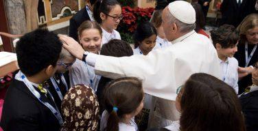 Папа — участникам рождественского концерта в Ватикане: сеять нежность и гостеприимство