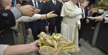 Папа: нельзя искажать смысл Рождества, Иисус — это подлинный дар