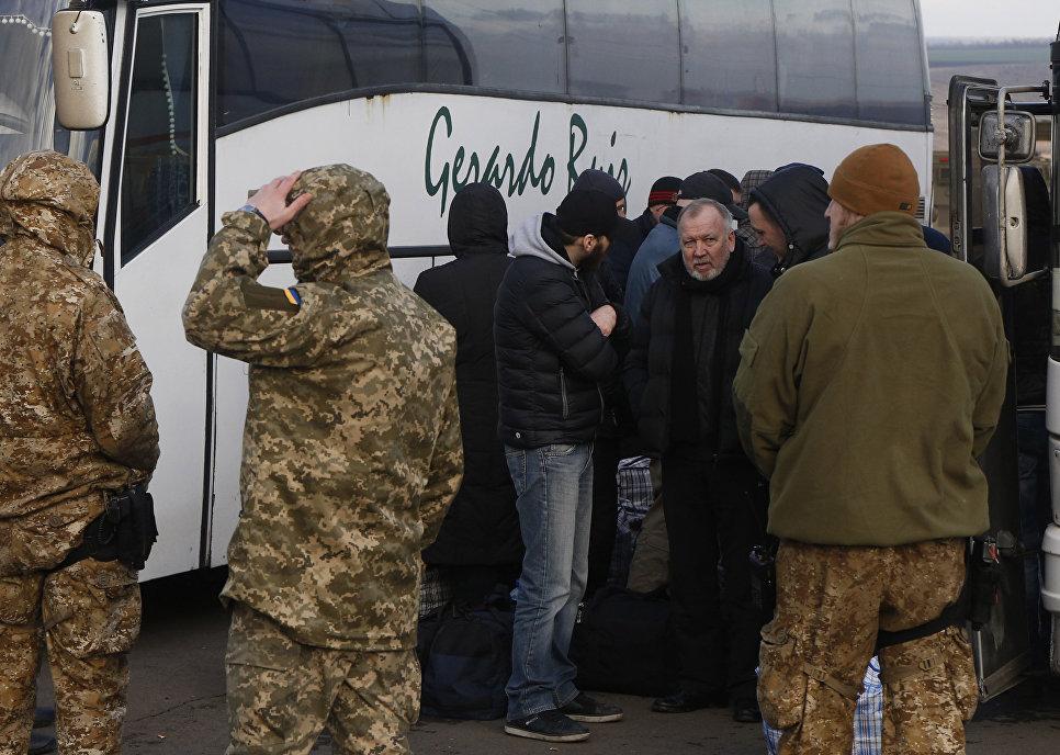 В Донбассе состоялся крупнейший обмен пленными