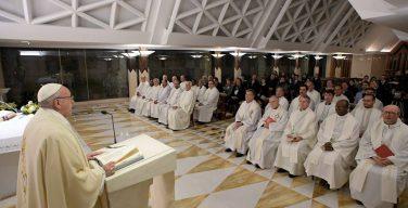 Папа: Господь выходит нам навстречу с нежностью