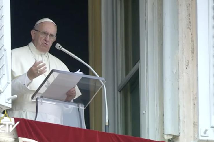 Папа призвал освободить похищенных в Нигерии монахинь