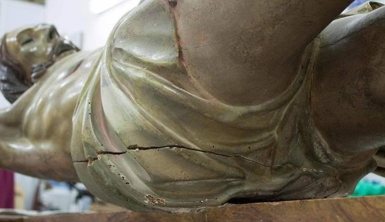 В Испании внутри статуи Христа нашли послание, оставленное 300 лет назад