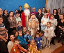Рождественский вечер у «Божьих коровок» (ФОТО)