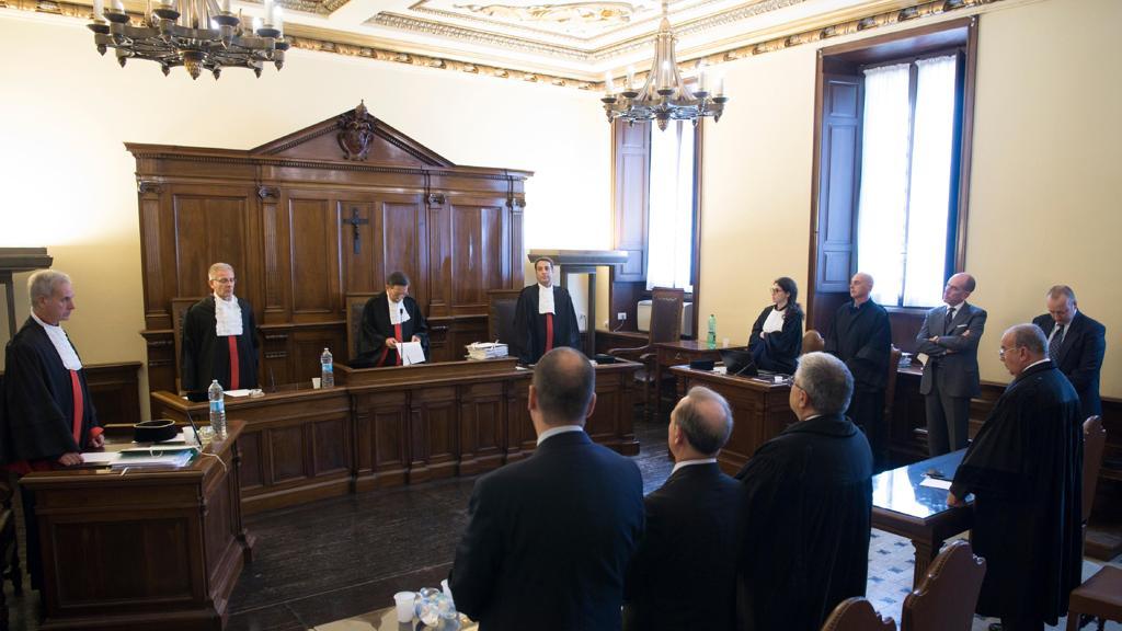 Не является ли профессия адвоката нравственным компромиссом?