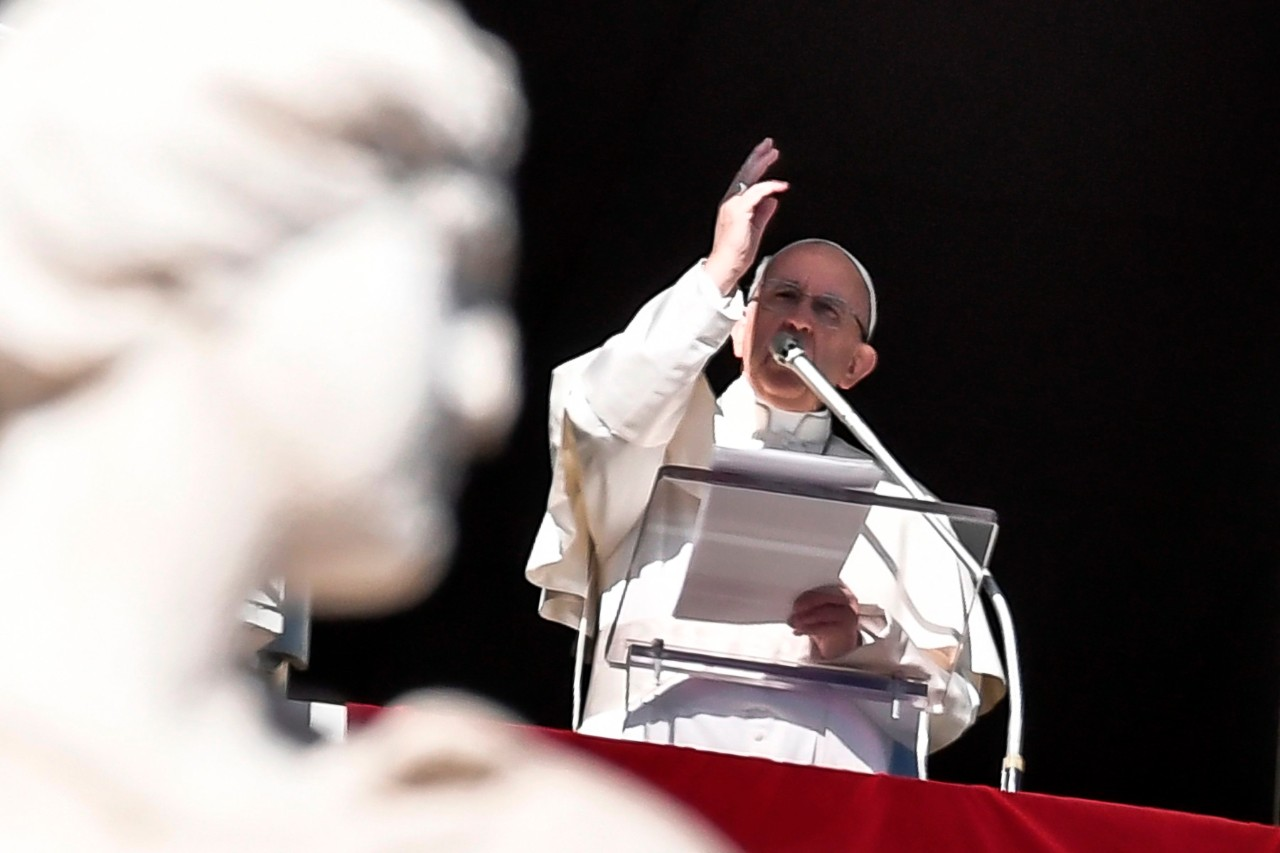 Папа: семьи призваны быть хранителями жизни своих детей