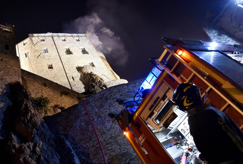 В Италии горело древнее аббатство, вдохновившее Умберто Эко на написание романа «Имя розы»