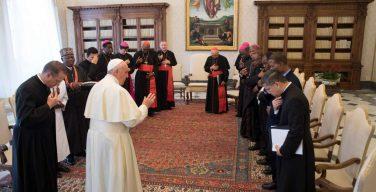 Развязка в епархии Ахиары: монс. Окпалеке подал в отставку, назначен апостольский администратор