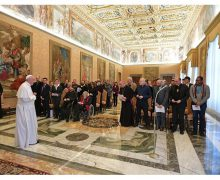 Папа Франциск принял членов служения «Диакония красоты»