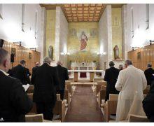 Продолжаются духовные упражнения Папы Франциска и Римской курии
