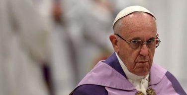 Папа Франциск принял участие в акции «24 часа для Господа»