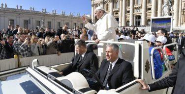 Папа Франциск посвятил свое поучение на Общей аудиенции молитве «Отче наш»