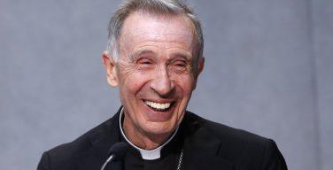Префект Конгрегации вероучения заявил, что Папа Франциск перевернул всю иерархическую пирамиду